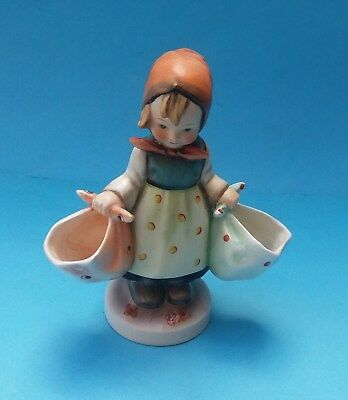 HUMMEL MOTHER'S DARLING FIGURINE - No. HUM 175