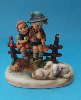 HUMMEL EVENTIDE FIGURINE - No. HUM 99 (a)