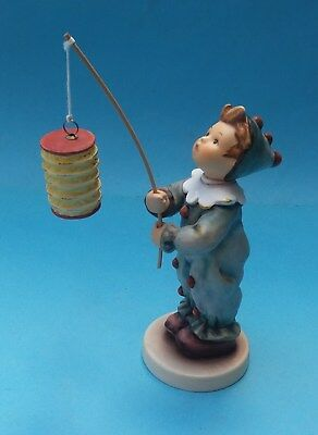 BOXED HUMMEL PARADE OF LIGHTS FIGURINE - No. HUM 616