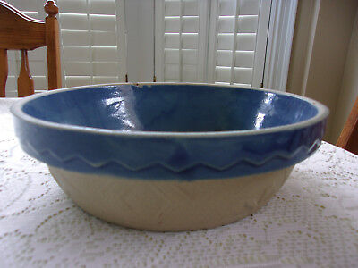 Vintage Blue And Scallop # 10 Crock Bowl