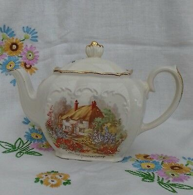 sadler teapot cube shape full size country cottage summerset England