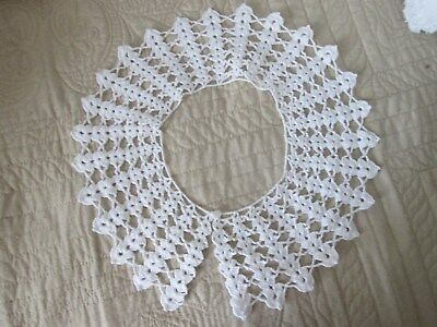 1950's-60's Vintage Hand Made  White Hand Crocheted Collar 1 Button Never Worn