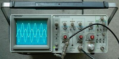 Tektronix 2235 100MHz Two Channel Oscilloscope Calibrated 2 Probes SN: B033069