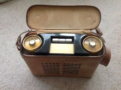 Murphy vintage all transistor portable rado in leather carrying case