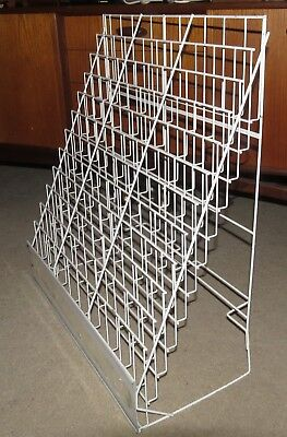 Retail Commercial Magazine Rack - White Painted Wire - 36 pockets