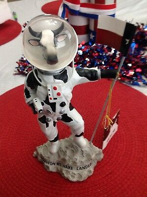 """Cow Parade Moonwalking Cow Moon Houston We Have Landed Figurine Space Cow 8"""""""