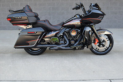 2017 Harley-Davidson Touring  2017 ROAD GLIDE ULTRA CUSTOM $15K IN XTRA'S!! 1 OF A KIND!! BEST ON EBAY!! WOW!!