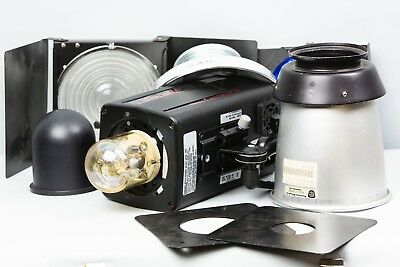 Photogenic Powerlight 2500DR Monolight w/ cord, reflector and other accessories