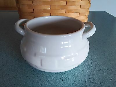 Longaberger Pottery small Soup Tureen bowl in Ivory Woven Traditions NEW in box