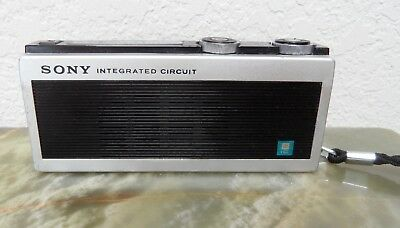 Sony model ICR-200 integrated circuit AM transistor radio vintage 1968 Japan