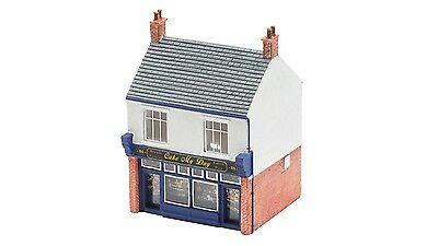 Hornby The Bakers Shop R9828 OO Scale (suit HO also)