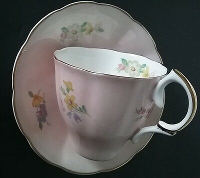 Vintage Fine Bone China Jason Bright Daisies English Teacup and Saucer