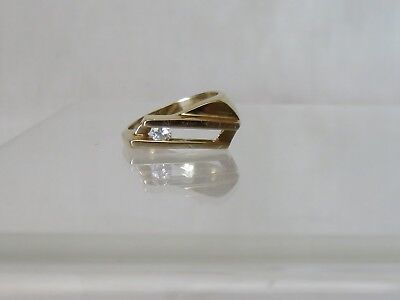 14K Yellow Gold Diamond Slider Ring Size 4 - .10 pt. round diamond Color H