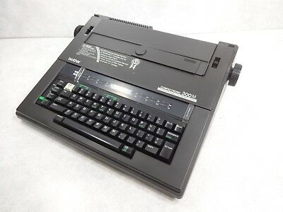 Brother 300M Electric  Electronic Typewriter w/Hard Cover & Manual - WORKS GREAT