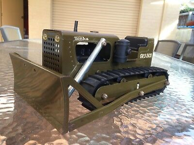 TONKA 1960's ARMY BULLDOZER IN EXCELLENT ORIGINAL CONDITION