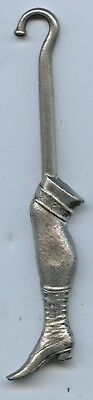 C.1910 NOVELTY LEG NICKEL PLATED SMALL BUTTON HOOK VERY GOOD CONDITION L100(o)