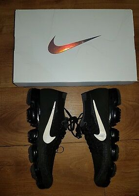 Nike Air Vapormax Flyknit 'triple Noir' Uk 9 Trainers  - V.good Condition In Box