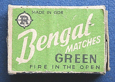 "DDR Schachtel ,    BENGAL MATCHES GREEN ,  "" Fire in the Open """