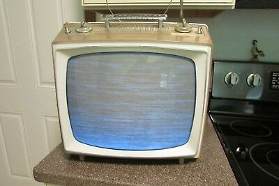 Vintage Rca Victor Portable Black & White Tv Television Working Condition