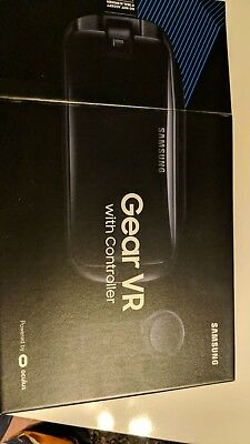 Samsung SM-R324 Gear VR with Controller - Gray