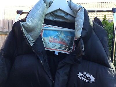 Black FIRST DOWN Size M Down Jacket with detachable hootie