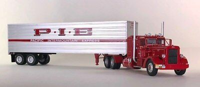 ICONIC REPLICAS 1:43 Peterbilt 352 Tractor Trailer: Pacific Intermountain  P I E