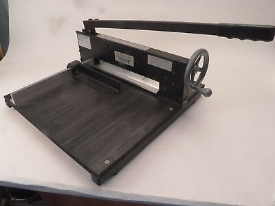 Martin Yale 7000E Commercial Heavy-Duty Stack Paper Cutter
