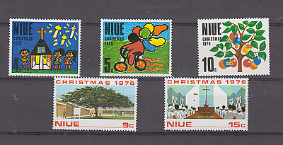 Niue 1975 & 1976 Christmas 2 Complete Sets Mint Never Hinged