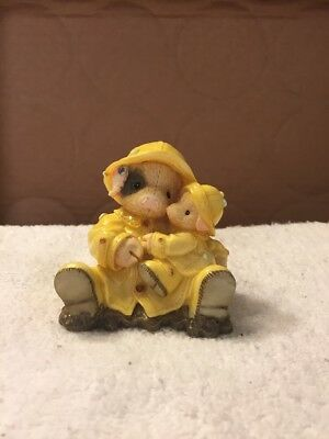 1995 Enesco This Little Piggy Showering You With Hogs Figurine