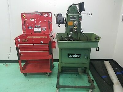 Sunnen Precision honing machine LBB-1699 with support cabinet with attachments