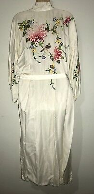 VINTAGE BAI HUA Ivory Embroidered Lined Silk Asian Robe Birds Florals Med/ Lrg