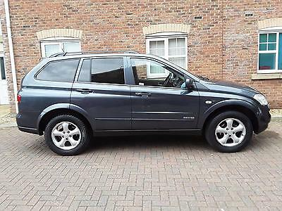2009 NEW SHAPE Ssangyong Kyron 2.0TD auto EX Black Leather IMMACULATE CONDITION