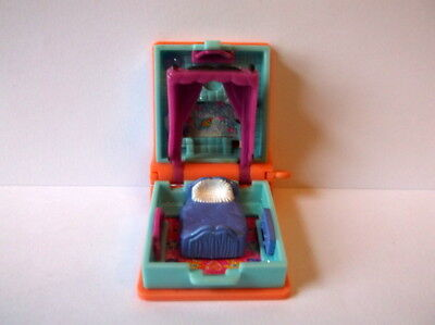 Vintage 1995 Polly Pocket Glitter Dreams Pendant Locket Necklace Book RARE