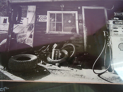 LAST STOP Awesome Black & White Photo Repo 1992 SHELL/CASTROL/MECHANIC SHOP