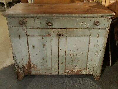 19TH CENTURY AMERICAN COUNTRY PRIMITIVE SIDEBOARD CABINET in OLD GREY PAINT