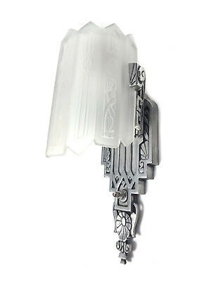 One (1) Art Deco Lincoln Wall Sconce Slip Shade Fixture Consolidated Glass