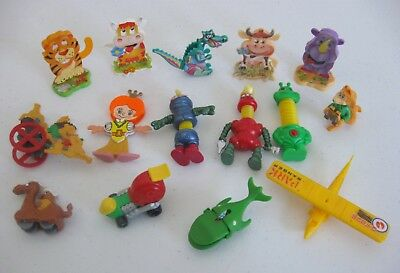 Lot of 15 3-D 3 Dimensional Moving Parts Kinder Toys No Eggs