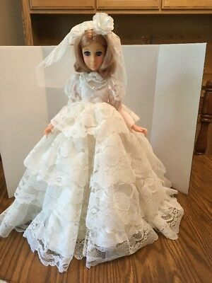 """Beautiful Vintage 1963 15 """" Eegee Victorian Lady Bride Doll with Original Dress"""