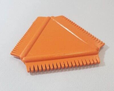 Art Rubber Wood Graining Tool Triangular Comb 8.5 cm x 8.5 cm Orange