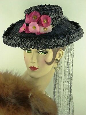 VINTAGE HAT 1930s FRENCH, DEEP BLUE WOVEN RAFFIA BRIMMED DAY HAT w PINK FLOWERS
