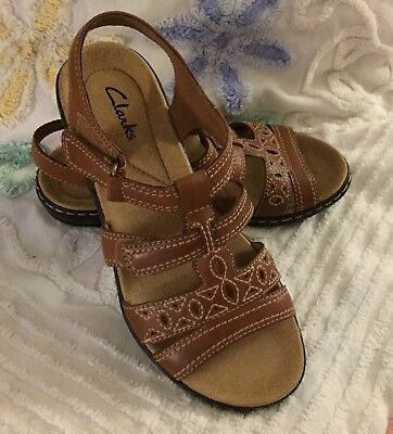 a65b92e2add CLARKS LEISA APPLE Blue Leather Multi-strap Sandals 6 NEW -  39.95 ...