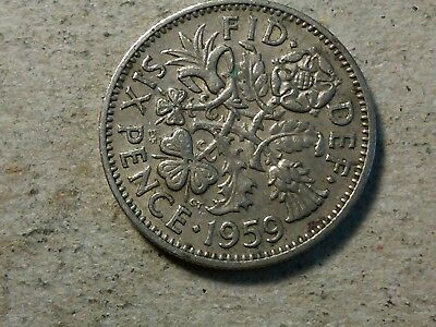 Great Britain 6 pence sixpence 1959 young queen Wedding gift coin. tarnished
