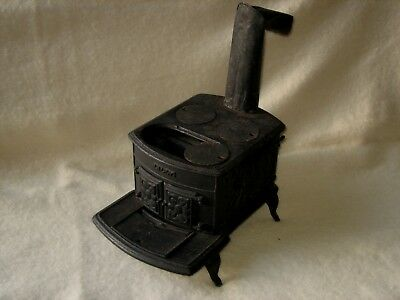 Vintage ORR Painter & Co. Salesman Sample Toy Lilly Stove