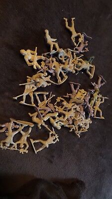 Vintage 37 pcs Army Men in Tan 1 to 1.5 ins tall Very Nice