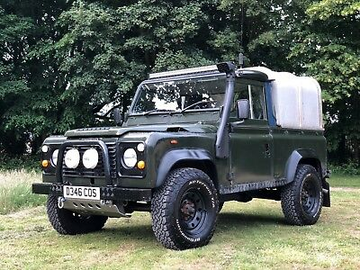 1987 Land Rover Defender  1987 Green Classic Land Rover Defender 90 4WD SWB 200 tdi Pick Up