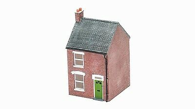 Hornby R/H Mid Terraced House R9857 OO Scale (suit HO also)