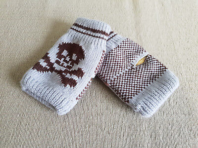 BNWT Boys Teenager Grey Brown Skull Pattern Fingerless Knit Mittens One Size