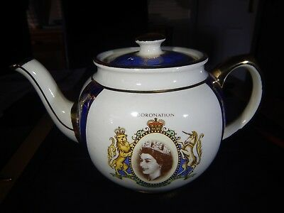 1953 Ringtons Coronation Tea Pot