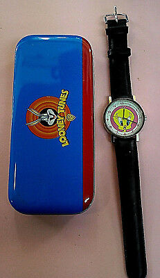 0c6c6f650ff58 Tweety Looney Tunes Wrist Watch Collectable