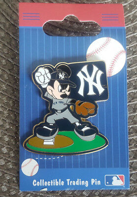 Walt Disney World Pin New York Yankees Mickey Mouse Baseball Pitcher New On Card